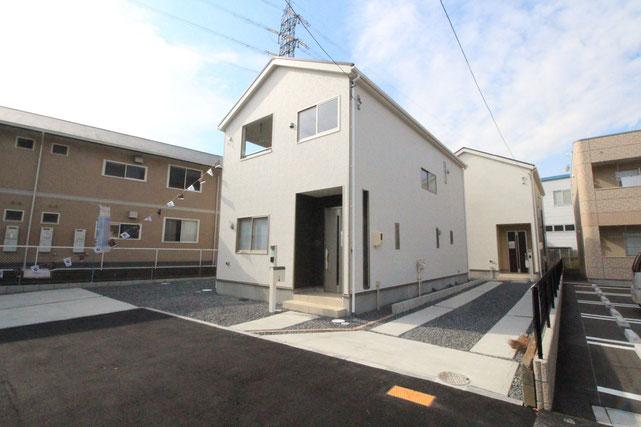 岡山県岡山市南区当新田の新築 一戸建て 分譲住宅の外観写真