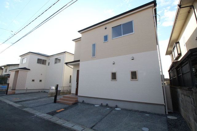 岡山県岡山市中区雄町の新築 一戸建て 分譲住宅の外観写真
