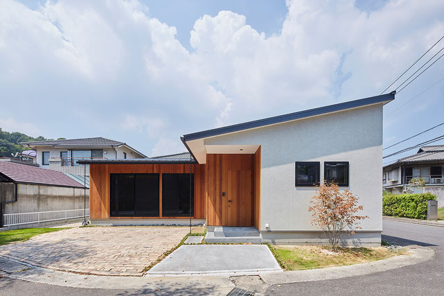 岡山県岡山市中区湊の新築 一戸建て 分譲住宅の外観写真