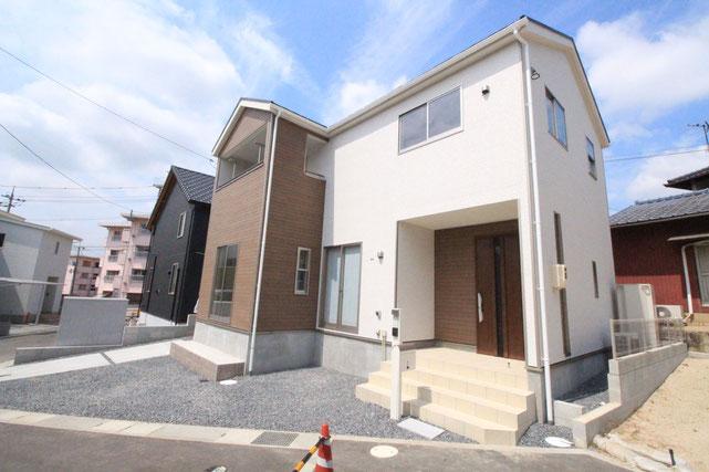 岡山県倉敷市中庄の新築 一戸建て 分譲住宅の外観写真
