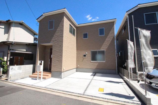 岡山県岡山市中区円山の新築 一戸建て 分譲住宅の外観写真