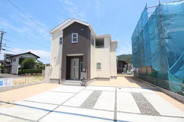 岡山県総社市清音上中島の新築 一戸建て 分譲住宅の外観写真