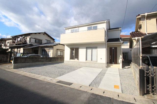 岡山県岡山市中区乙多見の新築 一戸建て 分譲住宅の外観写真