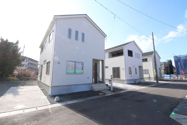岡山県岡山市中区桑野の新築 一戸建て 分譲住宅の外観写真