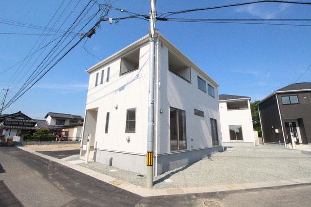 岡山県総社市井尻野の新築 一戸建て 分譲住宅の外観写真