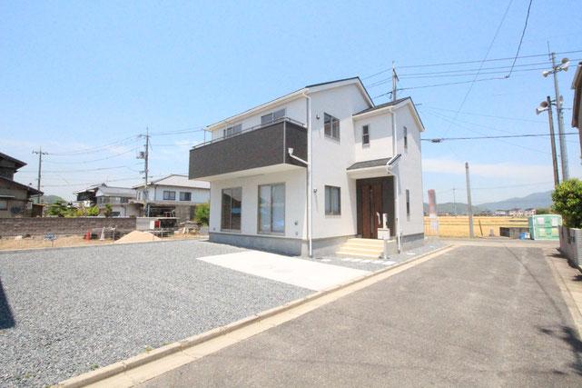 岡山県瀬戸内市長船町福岡の新築 一戸建て 分譲住宅の外観写真
