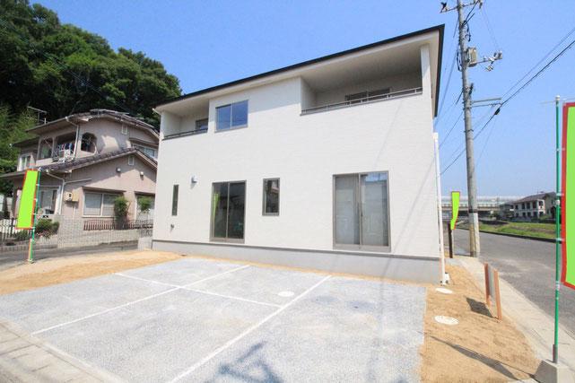 岡山市北区辛川市場の新築 一戸建て 分譲住宅の外観写真