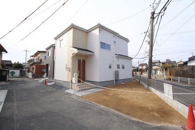 岡山県倉敷市平田の新築 一戸建て 分譲住宅の外観写真