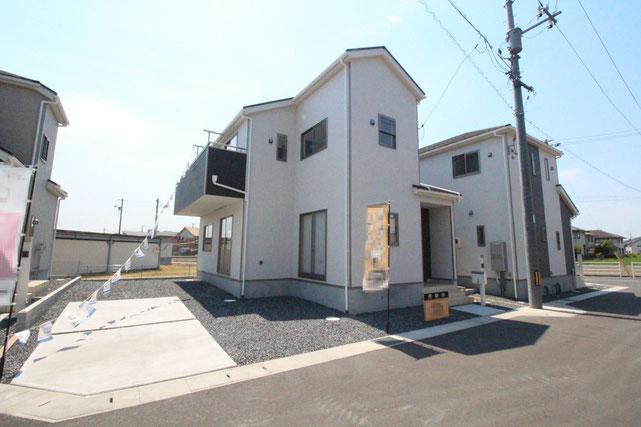 岡山県倉敷市福田町古新田の新築 一戸建て 分譲住宅の外観写真