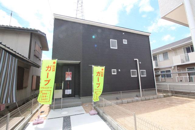 岡山県岡山市南区千鳥町の新築 一戸建て 分譲住宅の外観写真