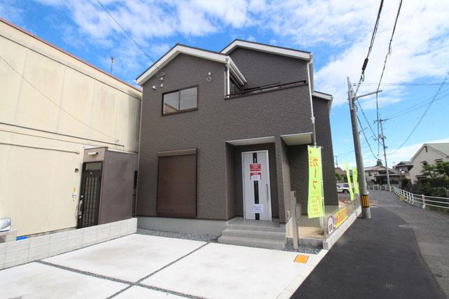 岡山県岡山市北区南方3丁目の新築 一戸建て 分譲住宅の外観写真