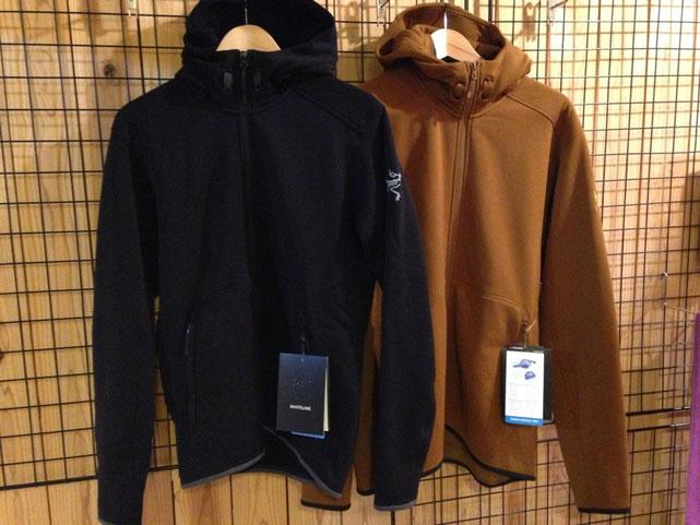 残り(左)BlackのSサイズと(右)KodiakのLサイズのみでーす!!