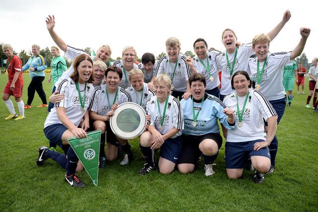 Der DFB-Ü35-Frauen-Meister 2014 – SG SC Preußen Borghorst.