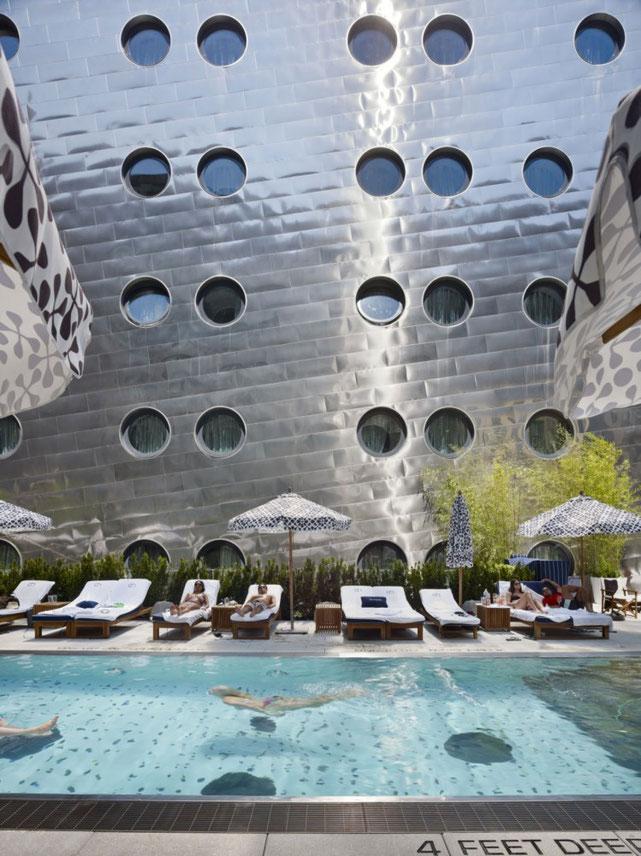 Dream Hotel à New York, imaginé par le cabinet d'architect Handel en 2011