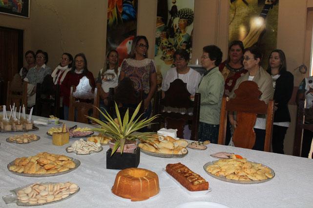 Começamos bem o nosso dia, convidadas a um café da manhã, à beira do Rio Paraguai oferecido pela Secretaria do Turismo.