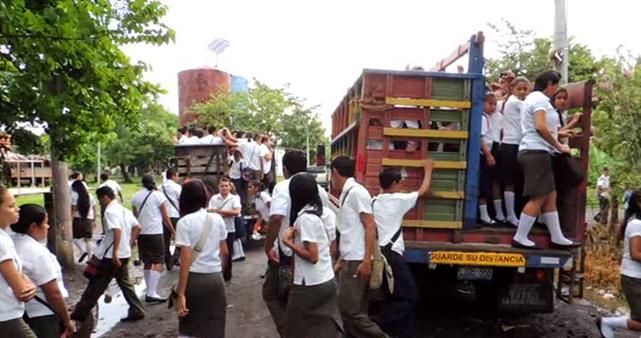 cooperacio transport escolar a el salvador