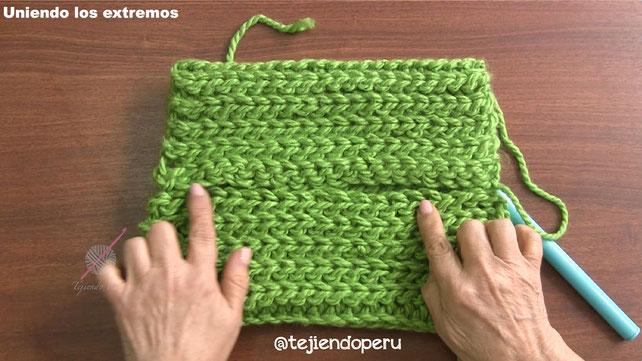 Cuello tejido a crochet imitación punto elástico de dos agujas