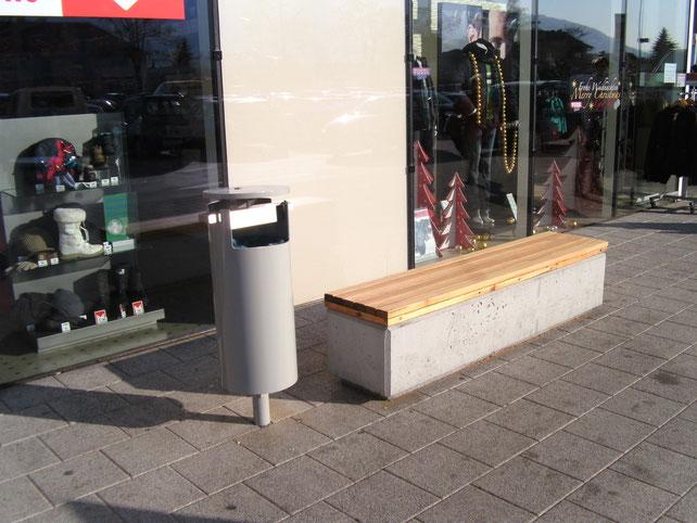 Müllkübel, Abfalleimer, Abfallsystem für den öffentlichen Bereich.