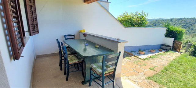 Green apartment - outdoor dining zone, view from patio - Belvedere apartments Izola