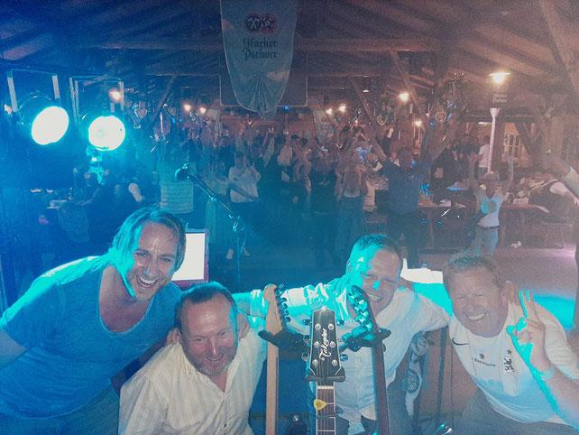 Olles Leiwand die Austropop Tribute Band aus Salzburg und Bayern