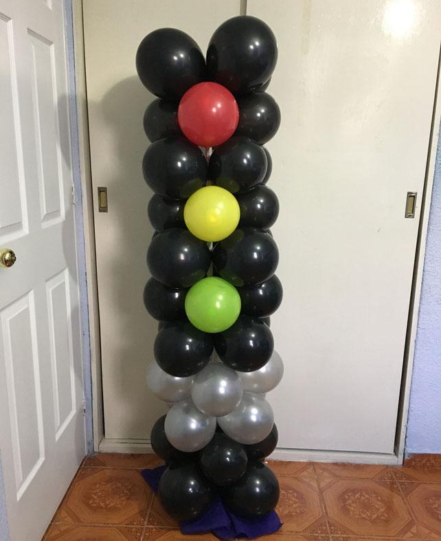 semaforo con globos para fiesta