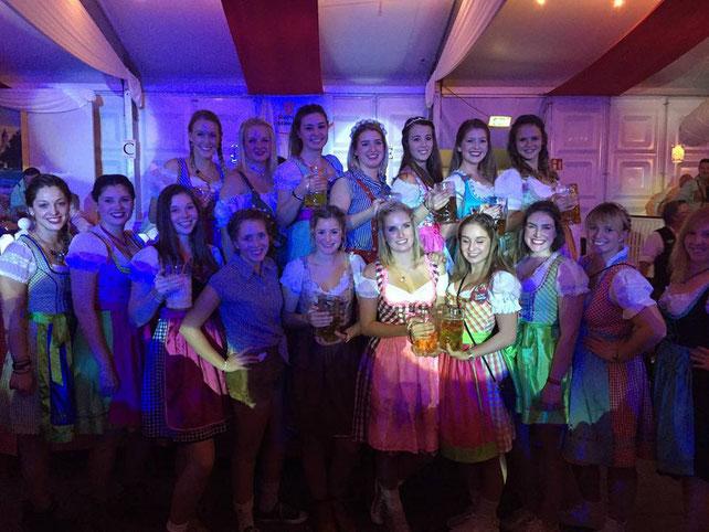 Die Specials feiern gemeinsam das Mainzer Oktoberfest!