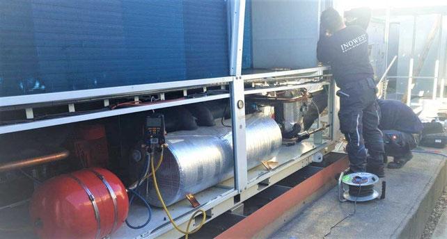 Wartung einer Industrie Klimaanlage
