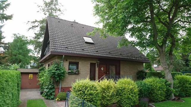 Einfamilienhaus in Heiligensee mit zwei Apartments im Dachgeschoss für Beruspendler