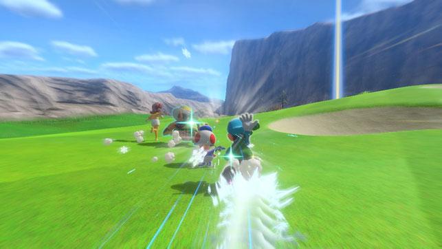 Luigi setzt eine Spezialattacke ein in Mario Golf: Super Rush für die Nintendo Switch