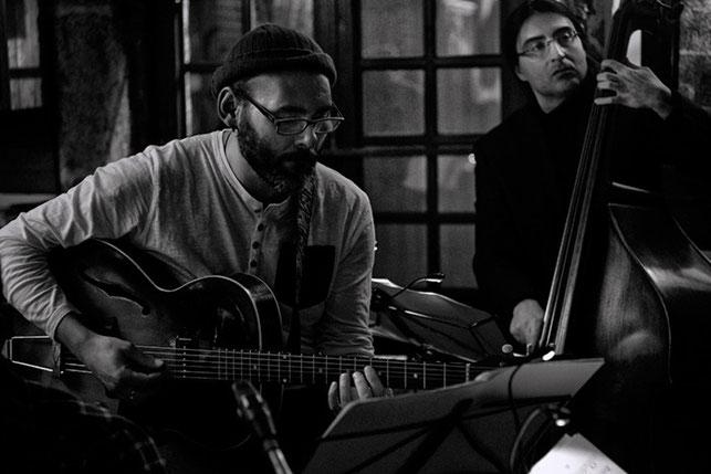"""Marcos Pin / Juan Cañada · Concierto Marcos Pin Factor E-Reset · Café Free Jazz """"El Puente""""· 21/02/2013  ·  Photo: Rafa Pasadas"""