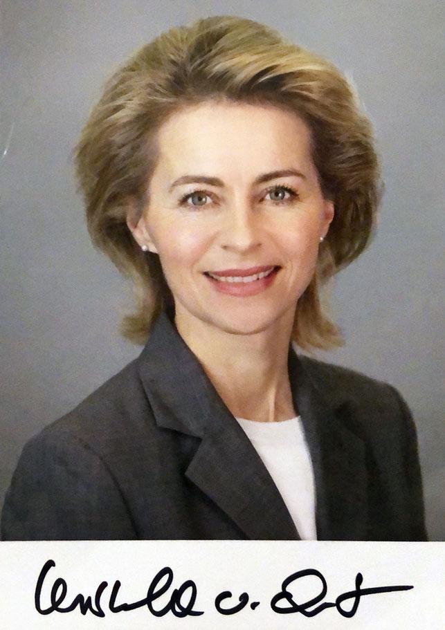 Autograph Ursula Von der Leyen Autogramm