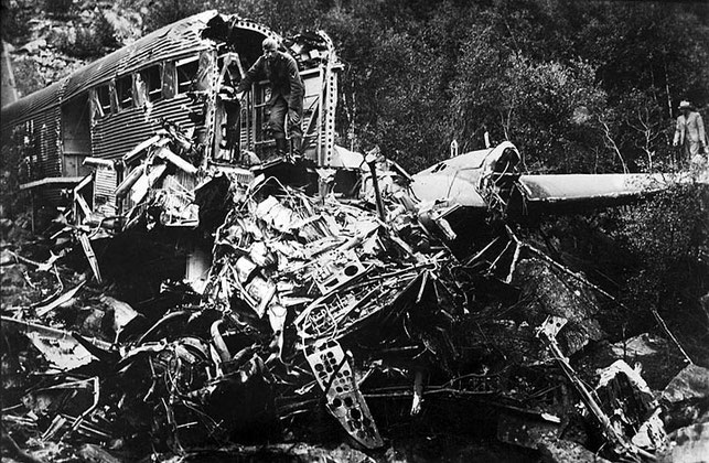 One Ju 52 was shot down by ground fire at Lillehammer, on its way to Dombås. The pilot made a forced landing at Lysegårdsjordet.
