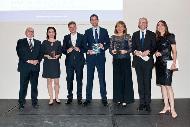 Dr. Michael Jaffé, Christina Hiptmayr (3. Preis), Adrian Hoffmann (2. Preis), Andreas Dörnfelder (1. Preis), Gertrud Hussla (1. Preis), Prof. Dr. Lucas F. Flöther, Anja Kohl (v.l.)