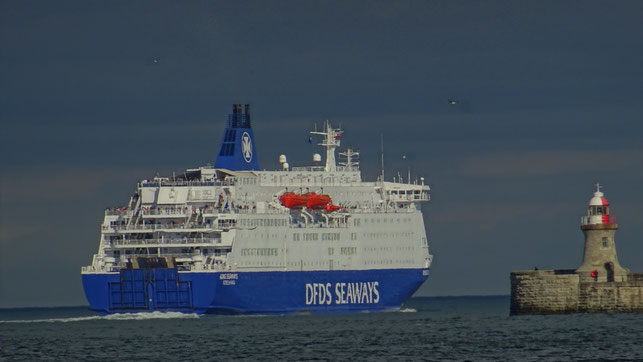 M/V King Seaways quittant North Shields en direction de IJmuiden.