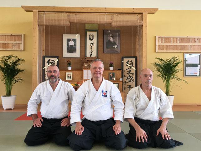Alberto Boglio Shihan ritratto assieme a Eric Blank (dx) ed Enrico Neami (sx).