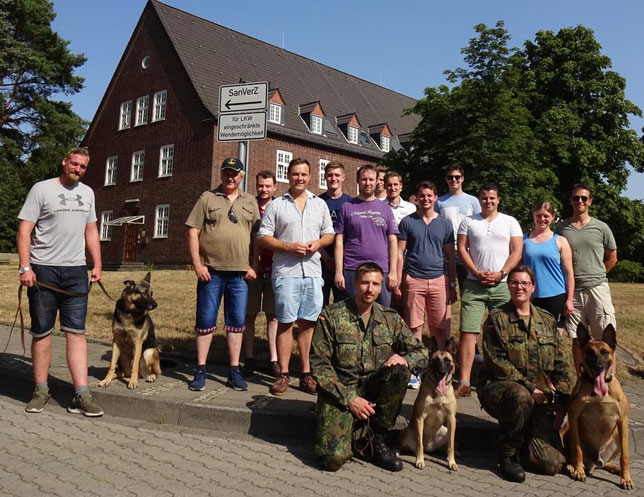 Besuch der Waldkaserne in Hilden