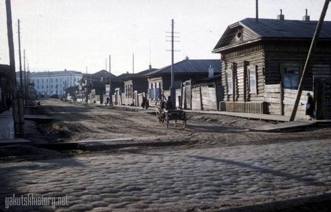 Перекресток ул.Белинского - Островского. Снимок: Ховард Сошурик