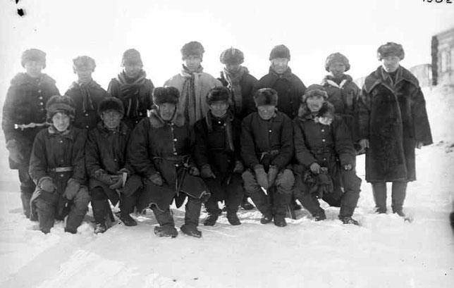 Группа колымских якутов. Снимок Иохельсона