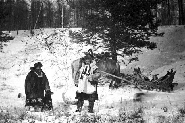 Петр Акепсимович Кушнарев и Лев Антонович Лукашевич перед охотой. Из личного архива Анны Лавровой