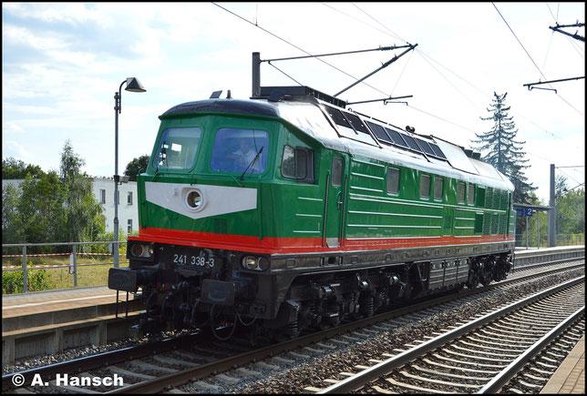 Am 19. August 2016 hat die Lok einen neuen Besitzer und ein neues Gesicht. Im SBW-Farbkleid durchfährt sie Lz den Hp Chemnitz-Hilbersdorf