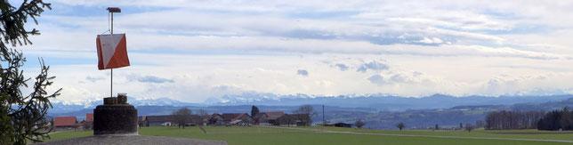 Posten 38, am Karfreitag noch mit Sicht aufs Alpenpanorama