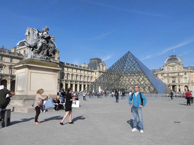 本命はやはりパリのルーブル美術館か?