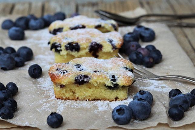 Heidelbeer Blechkuchen