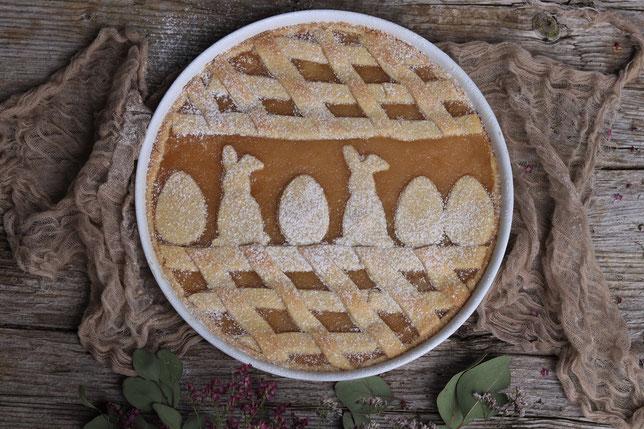 Mürbteig Apfelkuchen mit Ostermotiv