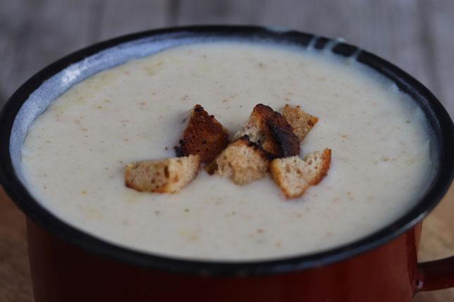 Schottsuppe mit Croutons