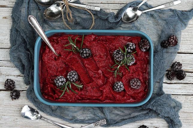 Frozen Joghurt mit Beeren