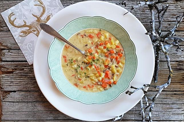 Wiener Erdäpfelsuppe, eine klassische Erdäpfel-Suppe