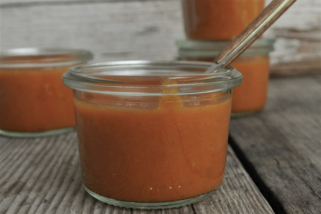 braune vegane Sauce