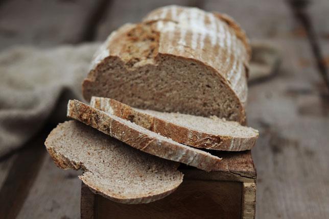 Sauerteigbrot aus dem Buch - Brot von daheim