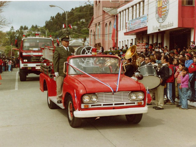 since 1941, his 2,5-ton version of the nissan-180 has entered the japanese  army  in november 1945, the production of models was resumed, but already  for
